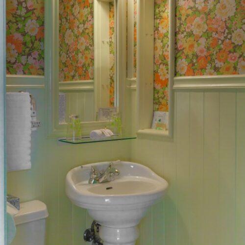 Woodshed-Bath